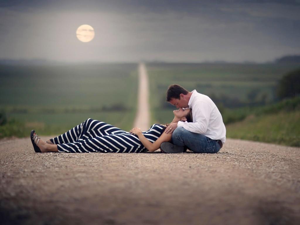Ευτυχισμένες είναι οι σχέσεις που ξεκίνησαν φυσικά κι αμοιβαία