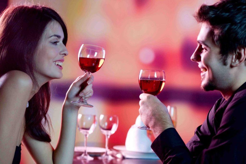 Για ποιο λόγο είναι τόσο δύσκολα τα πρώτα ραντεβού;